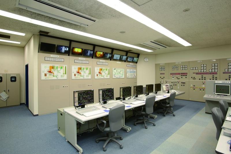 中央制御室(焼却施設)